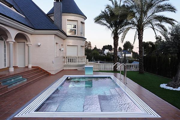 bassins ludiques et aquagym ouest spas la rochelle. Black Bedroom Furniture Sets. Home Design Ideas